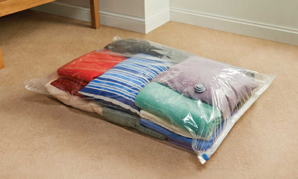 Best Vacuum Bags for Clothes